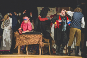 """Ogres teātris ar brīvdabas izrādi """"Skroderdienas Silmačos"""" viesosies Ikšķilē un Meņģelē (papildināts)"""